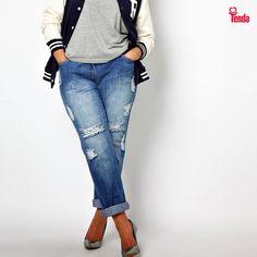 ❓A pergunta é: aonde você pode ir a bordo de uma calça jeans boyfriend destroyed?  ❗A resposta é: você pode usar o item onde e quando quiser, sendo exatamente quem você é - absoluta! #LojasTenda, a sua moda. #Caratinga #Ipatinga #GV #TeófiloOtoni #MontesClaros #GovernadorValadares #moda #fashion #ela #feminina #plus #size #jeans #boyfriend #destroyed
