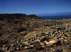 YannArthusBertrand2.org - Fond d écran gratuit à télécharger || Download free wallpaper - Les arènes d'Oran, Algérie