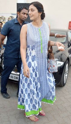 Celeb spotting: Varun, Shraddha, Tabu and Vidya's casual outing | Street Fashion