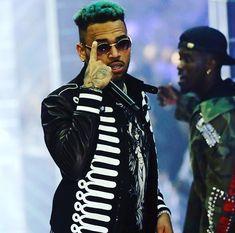 Prince Michael Jackson, Chris Brown Wallpaper, Chris Brown Style, Mandalay Bay Resort, Chirs Brown, Michael Love, Paris Jackson, Dream Guy, Three Kids