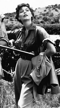 Ava Gardner - Let me show you what I see: Mogambo (John Ford, Ava Gardner, Rita Hayworth, Jean Harlow, Old Hollywood Stars, Classic Hollywood, Grace Kelly, Brigitte Bardot, Hollywood Actresses, Actors & Actresses