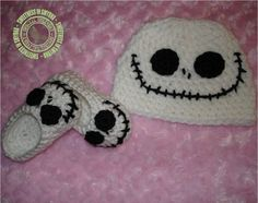 I want to dress my little girl in these! I love jack skellington!