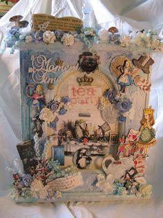 Altered Alice in Wonderland Clock http://www.angeldreamcrafts.blogspot.ca