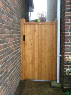 Garden gates and side gates – handcrafted in the UK to any width or height using… – Home living color wall treatment kitchen design Backyard Gates, Garden Gates And Fencing, Fence Gate, Wooden Side Gates, Wooden Garden Gate, Wooden Gate Designs, Cedar Gate, Timber Gates, Tor Design