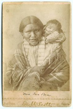 Wife and daughter of Two Bears - Hunkpapa - circa 1885