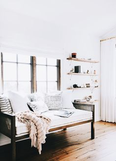 Interior, bedroom, bedroom inspo, firefly lights, modern, design, interior design, DIY, minimalist, Scandinavian, decoration, decor, ideas, decoration ideas, inspiring homes, minimalist decor, Hygge, furnishings, home furnishings, decor inspiration, photos