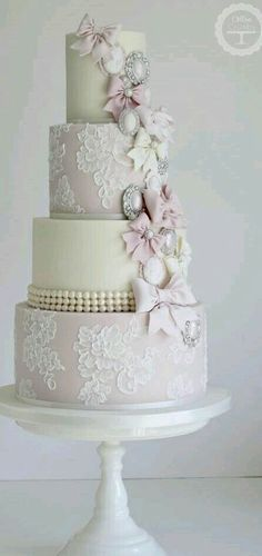 I like the lace covered tiers