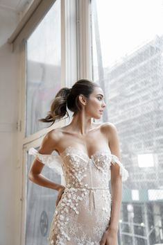 Double the trouble with these gorgeous gowns and models! Lovella got a first look at the newest BERTA Privèe collection during New York Bridal Fashion Week!