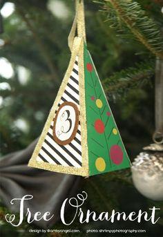 artbyangeli: Advent Calendar Ornament - Free Printable using Tiny Prints holiday cards.