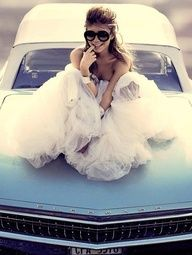 this is really cute...want to do this shot in your prom dress?  Bring some big sunglasses