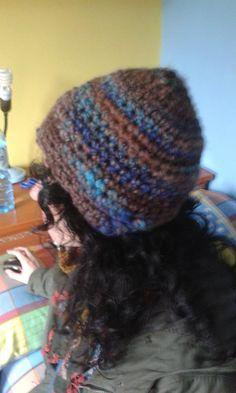 """Gorro de crochet con """"orejeras"""""""