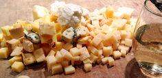 Het laatste stukje van kaas wordt vaak zonder te denken in de prullenbak gegooid. Toch is dat best wel zonde. Benieuwd wat je kan maken?
