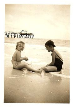 LIttle sisters on Wrightsville Beach