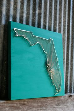 Florida Love // Reclaimed Wood Nail and String Art Tribute to The Sunshine State