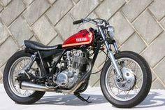 Yamaha Sr400, Yamaha Motorcycles, Scrambler Motorcycle, Custom Motorcycles, Cars And Motorcycles, Custom Street Bikes, Custom Bikes, Irish Pub Decor, Sr 500