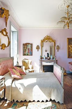 I Love this Regal, French Inspired Bedroom! See More at thefrenchinspired… I Love this Regal, French Inspired Bedroom! Beautiful Bedrooms, Beautiful Interiors, Romantic Bedrooms, French Inspired Bedroom, French Country Bedrooms, Pink Bedrooms, Luxury Bedrooms, Luxury Bedding, Cottage Bedrooms
