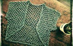 Free Crochet Pattern: Sizes S-L Made To Fit 32-42 Inch Bust. From http://crochetology.net/trippletimer/ ༺✿ƬⱤღ  http://www.pinterest.com/teretegui/✿༻