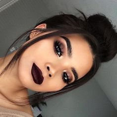 Date Night Makeup Ideas Amazing Date Night Makeup Ideas – The Most Beautiful Makeup – night make up Glam Makeup, Dark Makeup, Crazy Makeup, Cute Makeup, Makeup Inspo, Makeup Inspiration, Beauty Makeup, Makeup Ideas, Dark Lipstick Makeup