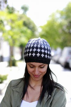 Faded Quilt is part of Hat Season, a collection of 5 hats for everyone's tastes. This one features Colorwork / Fair-isle Knitting.