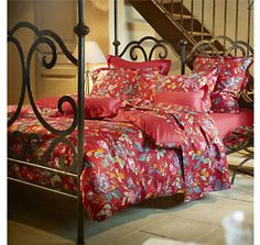 HOUSSE DE COUETTE SATIN ROSEBUD SOULEIADO : Cette parure de lit va ensoleiller la déco de votre chambre. > http://www.camif.fr/catalog/product/view/id/63402/s/10013097-housse-de-couette-satin-rosebud-souleiado/category/20/?321=358#descriptive