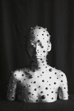black and white - bust - dots - Ah Xian 2014 - figurative - sculpture