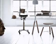 http://www.designville.cz/stolicka-raft-stool-prirodni-dub