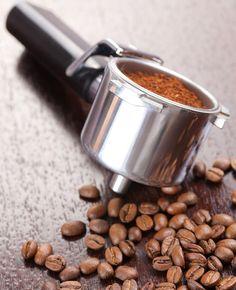 Koffieprut kun je gebruiken voor verschillende doeleinden. Denk aan vieze geurtjes, compost, glanzend haar, het verwijderen van krassen…