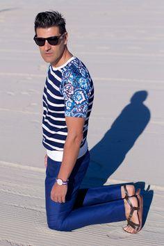 The Trendy Surfer: LIMITED EDITION FOLDING POCKET WAYFARER SUNGLASSES + CASE 8788