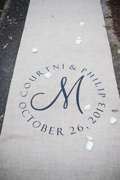 a burlap aisle runner ties your whole rustic look together http