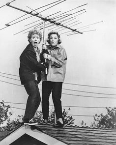 Lucille Ball and Vivian Vance-I love Lucy! I Love Lucy Show, Lucy And Ricky, Lucy Lucy, Vivian Vance, Lucille Ball Desi Arnaz, Toro Y Moi, Friends Forever, Old Hollywood, American