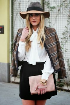 Devon Rachel: A Blank Canvas Spring Fashion Trends, Autumn Fashion, She Is Clothed, Plaid Jacket, Street Style Women, Chic, Casual Looks, Love Fashion, Style Me