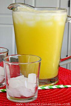 Agua Fresca de Pi a y Lim n by Healthy Crockpot Recipes, Healthy Eating Recipes, Healthy Smoothies, Healthy Drinks, Smoothie Recipes, Mexican Food Recipes, Dinner Recipes, Fruit Drinks, Detox Drinks