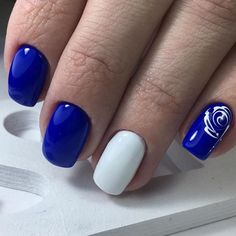 Simple Blue and White Nail Art Design.This simple yet attractive white and blue nail art design is for all the girls looking for something attractive with class.