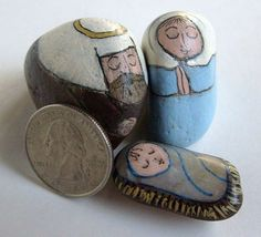 Nativity scene figures painted on very small stones. (nativity sets)