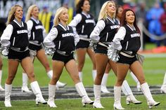 Awwe I want their Oakland Raiders jacket!!