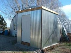 The Homestead Survival | How To Build Your Own Walk In Cooler | Homesteading DIY Project Food Storage http://thehomesteadsurvival.com