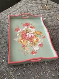 Wooden Painting Tray Models 164 Pieces - Wooden Tray Painting And Decoration Decoupage Art, Decoupage Vintage, Wooden Painting, Painted Trays, Shabby Chic Pink, Diy Holz, Decorating Small Spaces, Tray Decor, Painted Furniture
