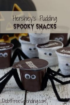 I love these Hershey's Ready-to-Eat Pudding Spooky Snacks! #ReadySetSnack #Ad