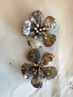 Vintage patina rusted metal flowers, flower parts (2 pieces)