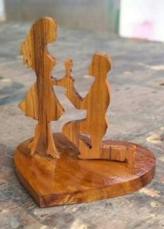 Wood Projects That Sell, Wooden Projects, Woodworking Projects Diy, Wooden Crafts, Intarsia Wood, Scroll Saw Patterns, Wooden Art, Diy Arts And Crafts, Wood Design