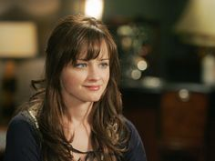 "You thought Rory looked soooo good with bangs during Season 6 that you went and got bangs. | 22 Too-Real Things Anyone Who Grew Up With ""Gilmore Girls"" Will Understand"