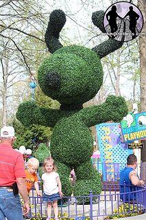 Snoopy by behindthethrills, via Flickr