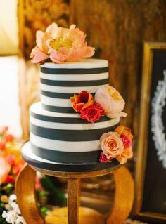 Autumn striped cake.
