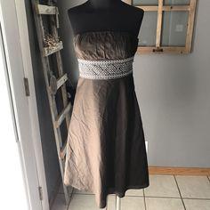 Ann Taylor LOFT Petites Brown White Embroidered Panel Strap[less Cotton Dress 0P #AnnTaylorLOFT #Strapless #SummerBeach