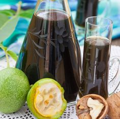 Walnut wine with vanilla, Juice Drinks, Non Alcoholic Drinks, Cocktail Drinks, Cocktails, Old Fashioned Drink, Cuisine Diverse, Meat Appetizers, Vegetable Drinks, Fermented Foods
