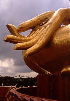 The symbolism,iconography and meanings behind the Buddha.