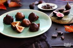 Chocolade figs named after Slovenia's greates poet Preseren Slovenian Food, Wine Recipes, Traditional, Figs, Fruit, Poet, Fig