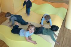 Sandscape is a modular system that creates a floor with many variations in height and colour. The mats can be arranged in different ways to create spaces for individual and group activities. Classroom Furniture, Nursery Furniture, Soft Play Centre, 3d Landscape, Learning Spaces, Classroom Design, Classroom Inspiration, Nursery Design, Furniture Inspiration