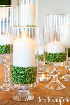 St Patricks Day decorations can be easily created at home. Look at our gallery full of greenish decor ideas and pick the ones you love.