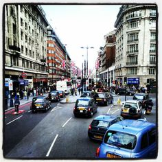 #InstagramYourCity #London Marble Arch/Oxford Street - @frankdasilva- #webstagram We stay at the hotel for our honeymoon <3